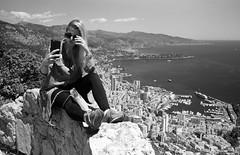 Selfie instructions 2.0 (Vitaly Sergeevich) Tags: film girl monaco selfie
