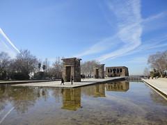 Egyptian temple (10b travelling) Tags: madrid archaeology temple spain europa europe egypt espana egyptian aswan templo abusimbel debod templodedebol