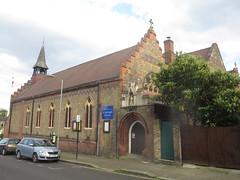 St Michael's Church, Battersea (John Steedman) Tags: uk greatbritain england london church unitedkingdom stmichaels battersea grossbritannien     grandebretagne