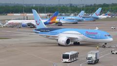 Thomson Boeing 787-8 G-TUIE (Yvan Greenaway - SonicStar817) Tags: manchesterairport boeing787 thomsonairways boeing7878 boeing7878dreamliner gtuib
