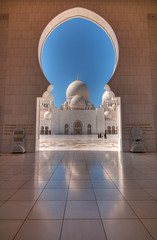 Dome reflections (joeborg) Tags: reflection muslim islam religion uae mosque abudhabi dome sheikhzayedgrandmosque