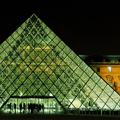 Inpressive (erikomoket) Tags: light paris france museum night nikon pyramid louvre muse explore nuit pyramide     500x500    views100 seeninexplore d5000 anawesomeshot inandoutofexplore  erikomoket