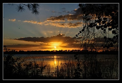 "Otro atarder en ""The Jiggs"" Bradenton-Florida (Javier Huanay) Tags: sunset nature water clouds landscape atardecer agua nikon outdoor javier bradenton jiggs landings d7000 huanay"
