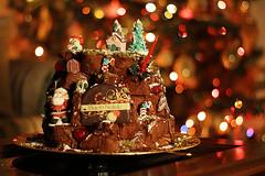 Italian Sweet Christmas (Senzio Peci) Tags: christmas italy food video italian sweet santaclaus sicily paterno pandoro senziopeci