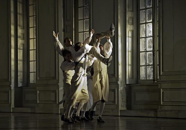 Erwin Schrott as Figaro in Le nozze di Figaro © Clive Barda/ROH 2011