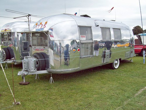 3 Airstream Trailor
