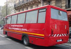 INCENDIE HOTEL BEST WESTERN NOTRE-DAME A PARIS (famille.sebile) Tags: samu ratp incendie vas pc1 epsa crac smur bspp vsab brigadedessapeurspompiersdeparis incendieparis feudebus feudebusratp brigadesapeurspompiersparis incendiehotelbestwestern bsppvrcp1 vrcp1 vehiculederemiseenconditiondupersonnel camionnetteaircomprime echelleautomatique vehicueaccompagnementsante postecommandement