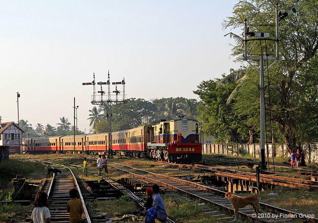 Express train pulled by DF 1346 is leaving Bago station