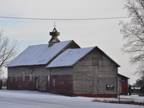029/366 - Barn with Cupola