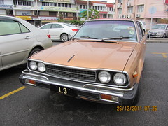1981 Honda Accord With Nice Registration @ Malaysia (thienzieyung) Tags: morning windows brown cars wet island lights cool asia antique south awesome places front oldschool grill east vehicles bumper malaysia shops third kotakinabalu expensive carpark discovery rare find sabah l3 hondaaccord northborneo thienzieyung
