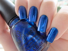 Blue Year's Eve, China Glaze (Lady_Yaya) Tags: china eve blue snow nail polish it nails glaze years let unhas varnish lacquer esmalte importado