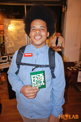 Pick Fros Not Fights!™ (FROLAB) Tags: hair natural afro pick fights fros frolab frospotting missfrolab