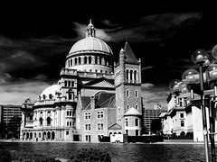 Christian Science Mother Church (brooksbos) Tags: city light sky urban blackandwhite bw church water pool boston skyline architecture geotagged ma photography photo sony newengland cybershot bostonma sonycybershot christianscience motherchurch masschusetts 02115 lurvely thatsboston dschx5v hx5v brooksbos