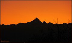 Monviso al tramonto    (3.841 m) (DiegoGuidone) Tags: pictures desktop light sunset italy art beach colors canon landscape geotagged eos photo nice italia tramonto foto good cove fiume picture sigma diego natura piemonte cielo belle luci monte wallpapers fotografia magical colori paesaggio arancione magico sfondo sfondi tema photografy monviso p photocard 18250 550d guidone concordians