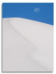 White sands Moonrise (D