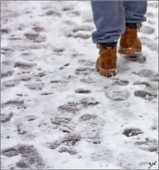 Walking on snow (@laroj@) Tags: snow ice walking shoes walk footprints neve scarpe orme ghiaccio passi camminare walkingonsnow