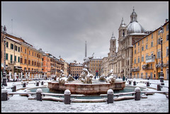 ...waiting for zione... (zio.paperino) Tags: street italien winter sky italy white snow rome roma building fountain architecture square nikon europa europe italia nieve neve neige inverno piazzanavona d90 ziopaperino mygearandme mygearandmepremium mygearandmebronze mygearandmesilver rememberthatmomentlevel1