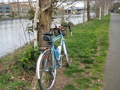 Bleriot on the Ship Canal (papahazama) Tags: seattle bikes fremontbridge shipcanal bleriot