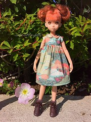 """""""What a beautiful day!"""" (cute-little-dolls) Tags: flower green toy outside doll dress sunnyday petworks ruruko"""
