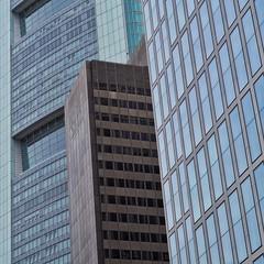 City. And Structure. | Frankfurt (gordongross) Tags: frankfurt commerzbank hochhaus wolkenkratzer hochhaeuser cityandstructure