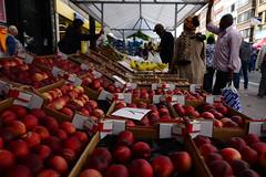 Borgerrio (DST_7370) (larry_antwerp) Tags: fruit belgium market belgi streettrader antwerp markt  antwerpen borgerhout streetvendor        borgerrio