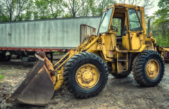 Little CAT Loader (Western Maryland Photography) Tags: cat maryland caterpillar wheeled loader frostburg alleganycounty canonef24105mmf4lisusm canoneos6d
