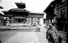 Nepal Winter Of 2011 (Royale Wif Cheese) Tags: nepal streetphotography rangefinder diafine blackwhitephotography filmphotography leicam3 analoguephotography fujifilmneopan400 bhaktapurr kobalux21mmf28 legacypro400 selfprocessedbw avenon21mmf28ltm