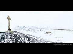 Discovery Hut and McMurdo Station from Vince's Cross (josefrancisco.salgado) Tags: panorama snow photoshop nikon nieve antarctica hut nikkor peninsula cabaa pennsula antrtida rossisland mcmurdostation antrtica discoveryhut mcmurdosound hutpoint d3s 1424mmf28g hutpointpeninsula