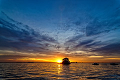 #850C7549- Clouds and Sunset (Zoemies...) Tags: sunset sea beach clouds balikpapan melawai zoemies