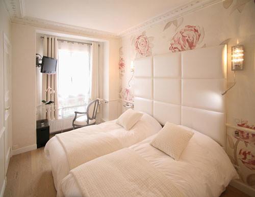 Chambre twin deluxe de lhotel Gavarni à Paris