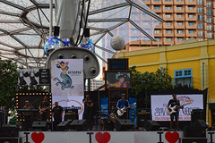 Clark Quay (chooyutshing) Tags: music singing rehearsal band nightlife clarkquay singaporecountdown entertainmenthub 20112012 centalfountainsquare