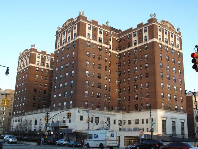 Concourse Plaza Hotel, 900 Grand Concourse