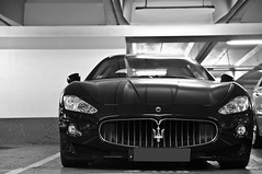 Maserati GranCabrio. (Arnaud Bailly) Tags: auto blue white black paris detail cars car sedan grey gris noir shot parking champs elyses automotive voiture rare v8 automobiles maserati spotting berline astonmartin vantage supercars dbs rapide foch worldcars hypercars