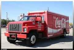 "Chevrolet Kodiak ""Coca Cola"" (uslovig) Tags: usa chevrolet oklahoma truck bottle cola unitedstatesofamerica coke company lorry camion chevy enjoy ok 6600 coca oklahomacity kodiak lastwagen lkw greatplains lastkraftwagen vereinigtestaatenvonamerika botteling"