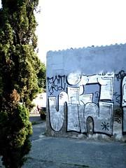 JE (Thrown Up JET) Tags: streetart graffiti jets jet bomba throwup graffitimexico jetr jetgraffiti