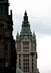 Gothic Towers in Lower Manhattan (Nataraj Metz) Tags: nyc newyorkcity usa ny newyork america skyscraper canon us unitedstates manhattan unitedstatesofamerica gothic neogothic amerika bowlinggreen lowermanhattan gotik hochhaus wolkenkratzer woolworthbuilding gotisch cassgilbert nationalhistoriclandmark vereinigtestaaten vereinigtestaatenvonamerika gothicrevivalarchitecture neugotisch neogotisch neogotik federzeichnung eos550d eosrebelt2i sigma18250f3563dcos nibdrawing