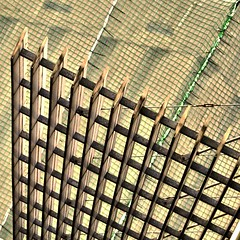 xarxa-net (estiu87..i love *** but also comments) Tags: net arquitectura cement minimal kreuz total quer pvc beton ciment xarxa stahl urbandetails paraleles creuades paralelen grficabstract