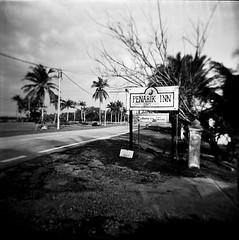 Terengganu : Penarik Inn (W  M Soo) Tags: beach malaysia chalet kodaktmax400 terengganu holga120gn setiu kampungmangkuk