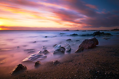 Five Minutes Sunset (l ptit lucin) Tags: sunset sea summer sun sol clouds uruguay atardecer mar nikon nubes verano 1224mmf4g nikkor maldonado nikkor1224mmf4g puntacolorada nd110 10stops 300seconds bwnd110 d300s 300segundos nikond300s 10pasos