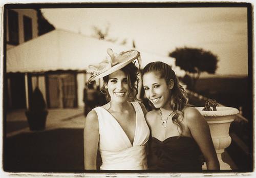 Novia y hermana - reportajes de fotos de boda Edward Olive