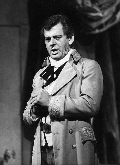 "Sir Thomas Allen as Count Almaviva in Le nozze di Figaro (1987). The Royal Opera. <a href=""http://www.roh.org.uk"" rel=""nofollow"">www.roh.org.uk</a>"