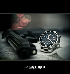 Briefing  [....E X P L O R E D....] Gracias a todos!!! (Gatstudio) Tags: gun watches bokeh swiss watch dive diving movimiento made valve pistol reloj diver quirrgico selfwinding he briefing gent eduardo eta hombre calibre jewel