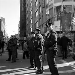 New York City, Year of the Dragon 2012 (triebensee) Tags: street new york city zeiss chinatown dragon mason year chinese hasselblad masonic f28 hester 2012 freemason planar 80mm 500cm 67mm fujineopanacros100 carlzeisstuvfilter