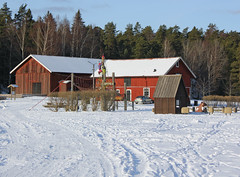 The Theatre Barn (Steffe) Tags: winter snow playground kids barn canon sweden haninge rudan handen farmbuildings rudansgård ginordicjan12