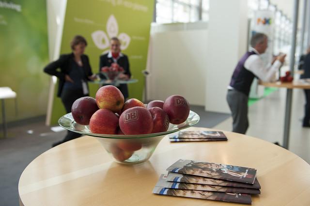 Deutsche Bahn sponsored apples
