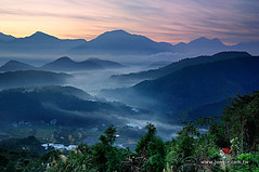 20111125_7270a_ (Redhat/) Tags: sunrise taiwan redhat              seacloulds