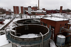 Abandoned factory / Overview (Juho Holmi) Tags: factory abandoned ruined machinery rust decay tampere pirkanmaa finland suomi finnish sony a700 af alpha variosonnartdt35451680 variosonnar16803545za za availablelight finnland finlandia thisisfinland visitfinland