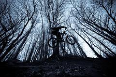 The Dark Knight @ Beigua (ilDega) Tags: italy mountain bike canon eos luca liguria mountainbike downhill il romano varazze dh 7d freeride ciccio commencal dega bastardo beigua parrucchiere scorra ildega