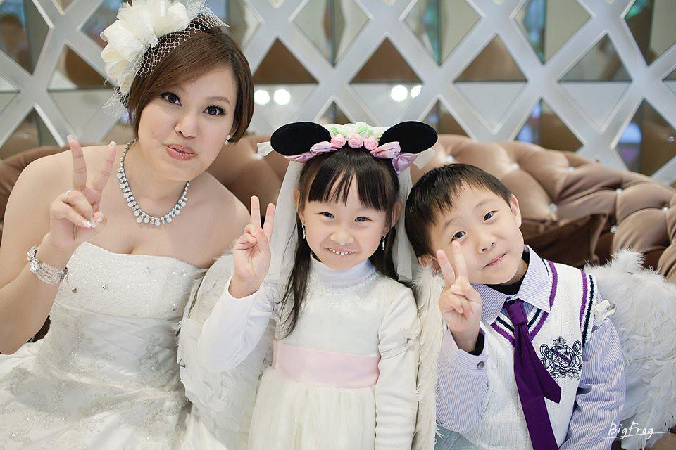 晉德+依萍-035