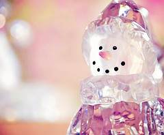 My Pink Snowman (Javcon117*) Tags: christmas pink sun holiday glass sunshine snowman md shiny crystal bokeh decoration maryland ornament coal pinkish garrettcounty deepcreeklake carrotnose christmaschalet javcon117 twoeyesmadeoutofcoal frostphotos